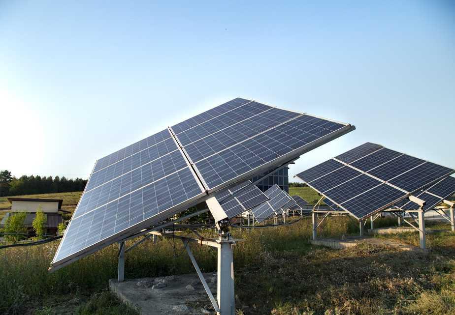 מערכת לקליטת אנרגיה סולארית