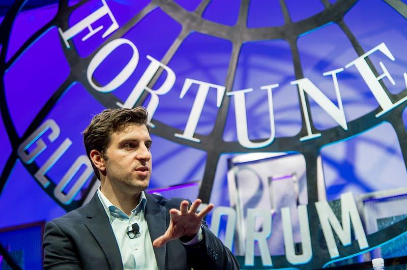 "בריאן צ'סקי, מנכ""ל Airbnb"